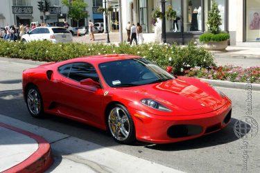 Bild: Ferrari auf dem Rodeo Drive in Beverly Hills - Reiseblog von Frank Seidel