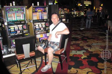 Bild: Frank Seidel im Casino New York-New York in Las Vegas - Reiseblog von Frank Seidel