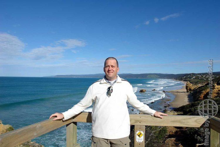 Bild: Frank Seidel an der Great Ocean Road, Australien - Reiseblog von Frank Seidel